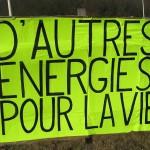Action rond point Méximieux STOP BUGEY - 21 février 2012 - D'autres énergies alternatives sont possibles