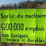 Action rond point Méximieux STOP BUGEY - 21 février 2012 - 600 000 emplois non toxiques